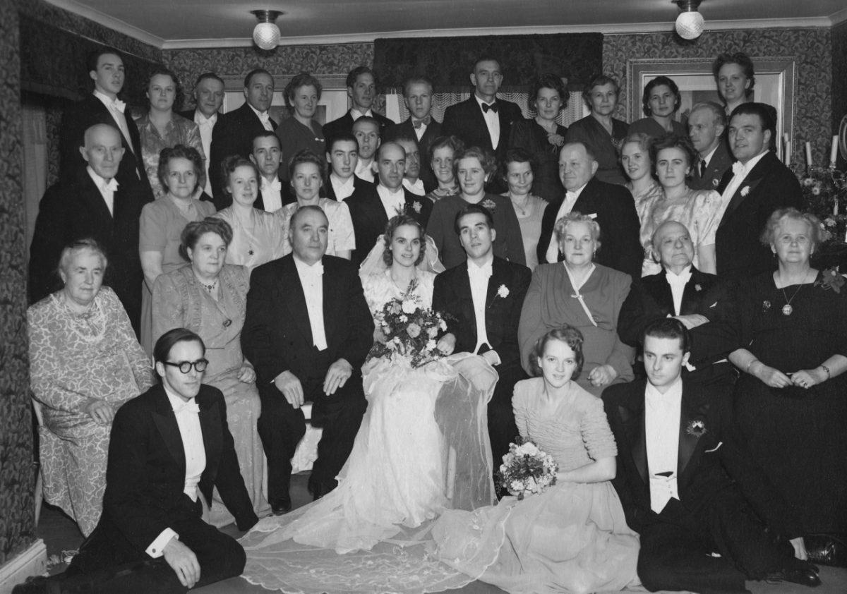 Maj och Ingemar gifter sig.